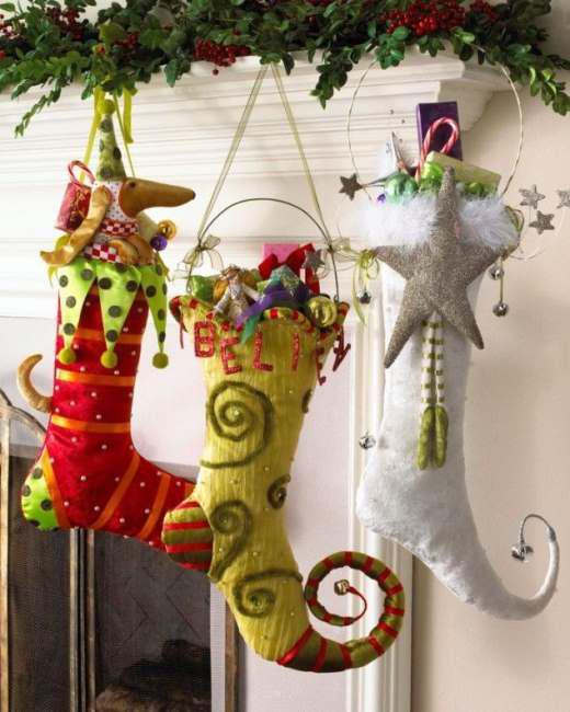 Hang stockings with Christmas gifts (2)