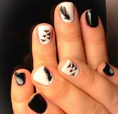 stylish schedia sta nichia vasi mavro5 - Stylish σχέδια στα νύχια με βάση το μαύρο