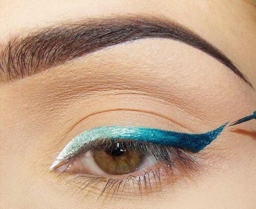 antikatastise-mavro-eyeliner- chroma2
