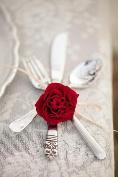 mikres leptomeries gia giortino trapezi tou agiou valentinou1 Small details for festive table Valentines day