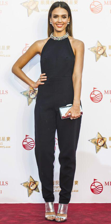 pio stilates red carpet emfanisis panteloni3 The most stylish red carpet outfit pants