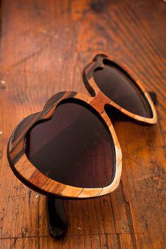 entopisame ta pio stylish axesouar apo xilo1 - Εντοπίσαμε τα πιο stylish αξεσουάρ από ξύλο