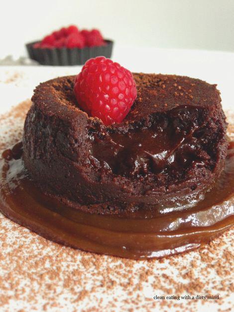 ftiaxe ekriktiko lava cake gia tin imera tou agiou valentinou1 - Φτιάξε εκρηκτικό Lava cake για την ημερα του Αγιου Βαλεντίνου
