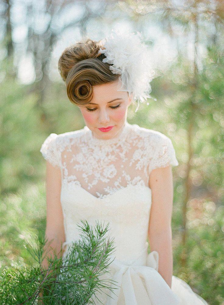 прически на средние волосы на свадьбу фото в стиле ретро