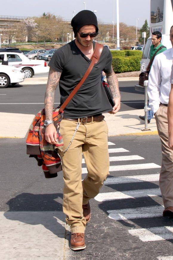 To Sexy Airport Style David Beckham