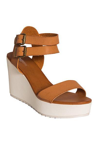 0123b468ea7 Καλοκαιρινά παπούτσια από το A.L.E Attrattivo - dona.gr