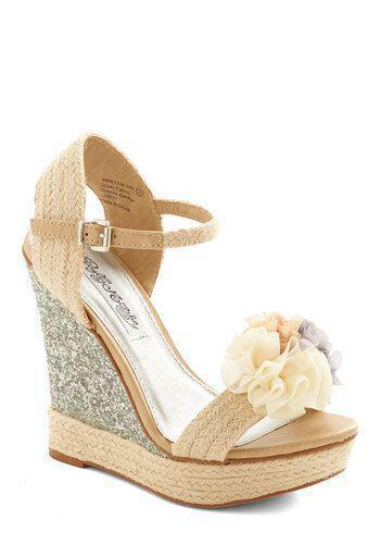 Οι πλατφόρμες που θα βάλεις στο γάμο σου - dona.gr cea4baf685e