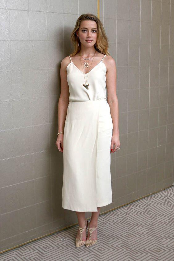 5 idietera kalokerina outfits apo tin amber heard - 5 ιδιαίτερα καλοκαιρινά outfits από την Amber Heard