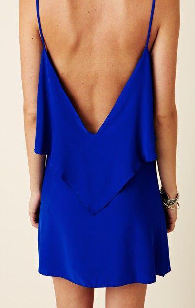 21fef541ff3c Πώς να βάλεις μπλε ηλεκτρίκ φόρεμα το καλοκαίρι - dona.gr