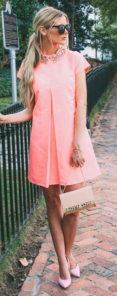 pos na valis 60s foremata 1 - Πώς να βάλεις 60s φορέματα