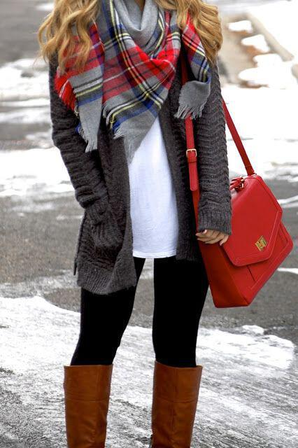 10 telii tropi na valis to lefko tshirt to chimona 2 - 10 τέλειοι τρόποι να βάλεις το λευκό tshirt το χειμώνα