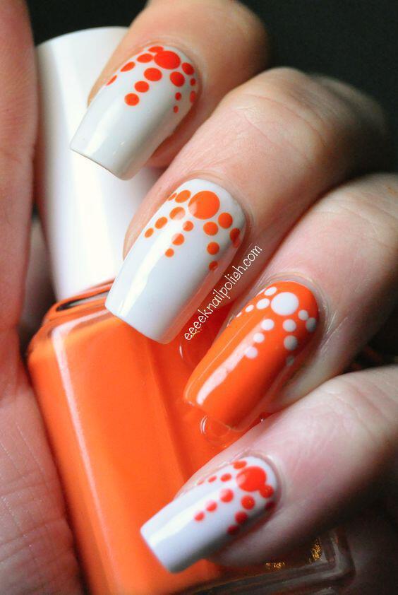 pos na kano portokali schedia sta nychia 1 - Πώς να κάνω πορτοκαλί σχέδια στα νύχια